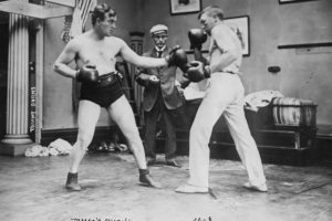 tommy-burns-sparring